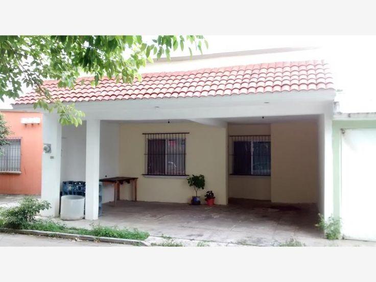 SE VENDE Casa en Estrellas de Buenavista, $820,000 MX17-DM2660
