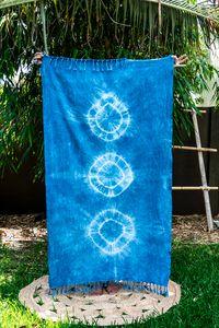 MAYDE x LEONARD & CO. SHIBORI TOWEL - RIPPLES 100% Cotton towel Indigo dye on white