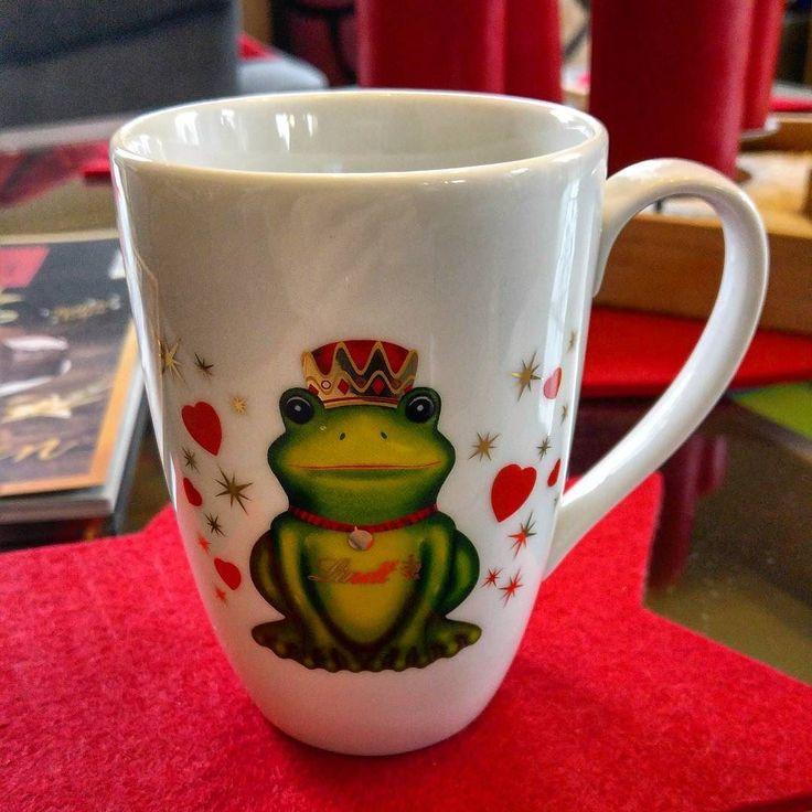 Was wir alles an Tassen im Schrank haben Espresso mit Zimt und Zucker ... Kaffee Prost ! #alex #kaffee #prost #espresso #killmequick #koffeinkick #zimt #zucker #greenape #nord #niedersachsen #makesyourlifebetter