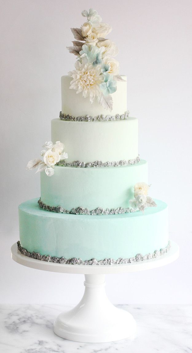 Y esta increíble y clásica interpretación de Frozen. | 16 Pasteles de bodas con temática de Disney que te harán sonreír