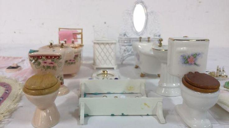 Vintage Bathroom Accessories for Dollhouse