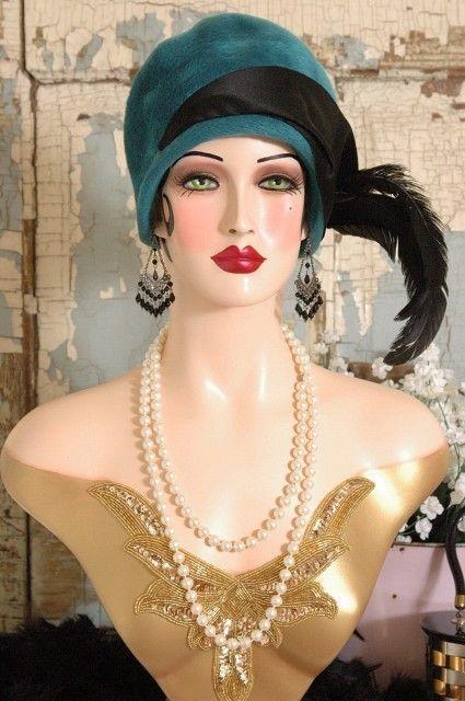 Vintage Style Art Deco Flapper Mannequin Head