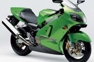 Kawasaki ZX12R Review Technical Specifications... Model Kawasaki ZX12R Engine Liquid cooled 4 stroke 16 valve DOHC inline 4 Bore & Stroke 83.0 X 55.4 Displ 1,199cc Compression Ratio 12,2:1 Carburation Electronic Fuel Injection Starter Electric Trans. 6 speed Dims. L x W x H 2080 x 725 x 1185mm Seat Height 810mm Tyre Size Front/Rear 120/70 ZR17/200/50 ZR17 Fuel Capacity 20 litres Dry Weight 210 KG Colours Silver/Grey, Green/Pur...