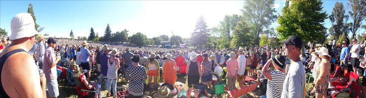 a full house enjoying the sun and music