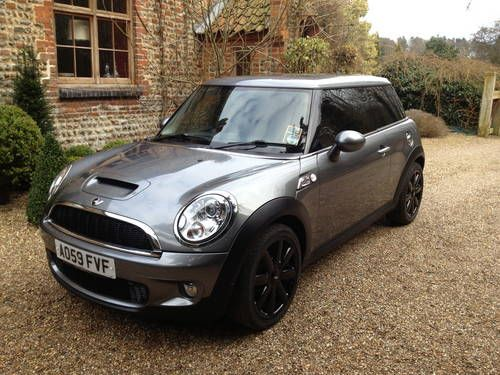 mini cooper s r56 chilli pack with low mileage warranty t for sale 2009 mini mania. Black Bedroom Furniture Sets. Home Design Ideas