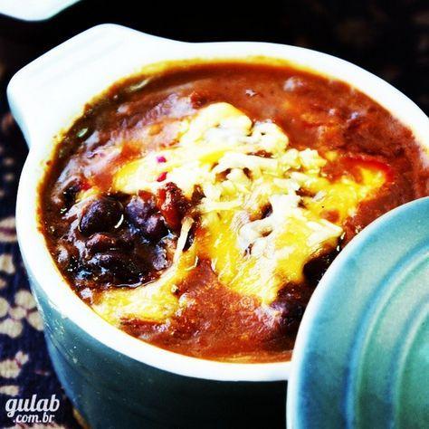 Receita Chilli Beans - Feito com feijão vermelho, carne moída, cerveja preta, pimenta e + temperos deliciosos
