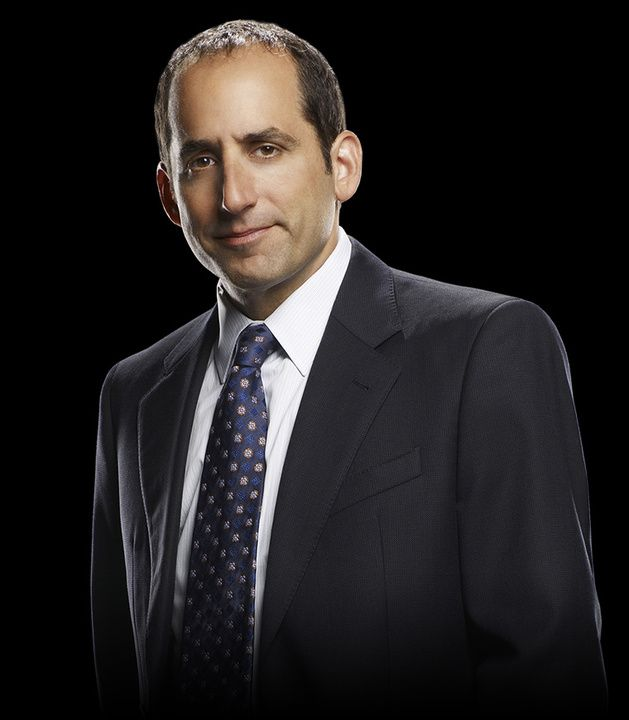 Dr. Chris Taub played by Peter Jacobson | Cast & Crew | House | USA Network