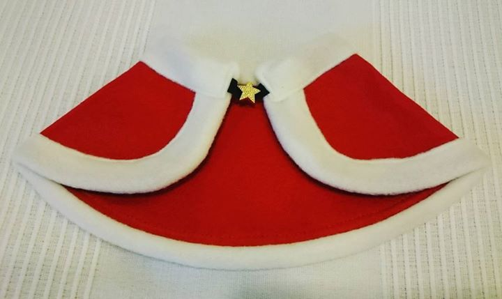 We ordered this customised Christmas cape for a special little prince :)   Order your Christmas outfit by 19 Nov 2016 to get it in time for the X'mas paw-ty!  #Christmas #cape #petaccessories #itsstartingtofeelalotlikechristmas #handmade #madeinjapan #dogs #cats  #sgpetlovers #sgpets #sgdogs #sgcats #petsmagazinesg #clubpetsmagazine #ilovemydog #ilovemycat #magasinmiyabi