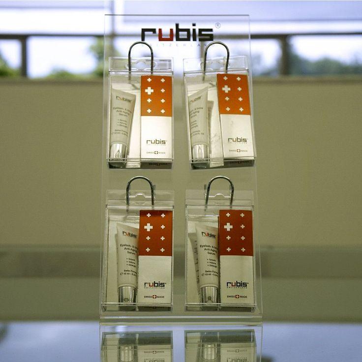 Rubis Switzerland: In Zusammenarbeit mit einem renommierten Schweizer Pharmakonzern haben wir einAnti-Aging Wachstumsserum für Wimpern & Augenbrauenentwickelt.