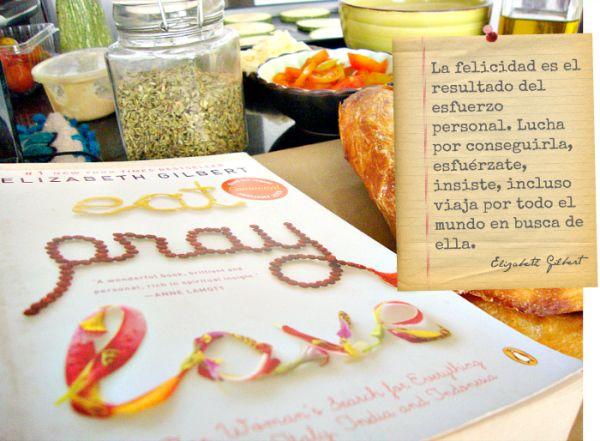 Un tributo al libreo Eat, Pray Love de Elizabeth Gilbert. Unas pizzas muy ricas, un diario de gratitud y un cuadrito con un mensaje muy motivador! vean todo aquí en mi blog -> http://lasabida.wordpress.com/2014/02/26/almorzando-con-elizabeth/