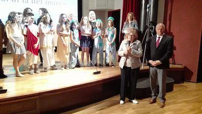 Il sindaco Battista in visita alla Scuola dei Nonni e alla scuola Scarano