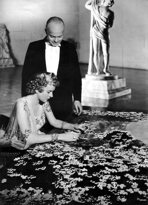love the detail... boredom... hopelessness of the jigsaw puzzles... in Citizen Kane