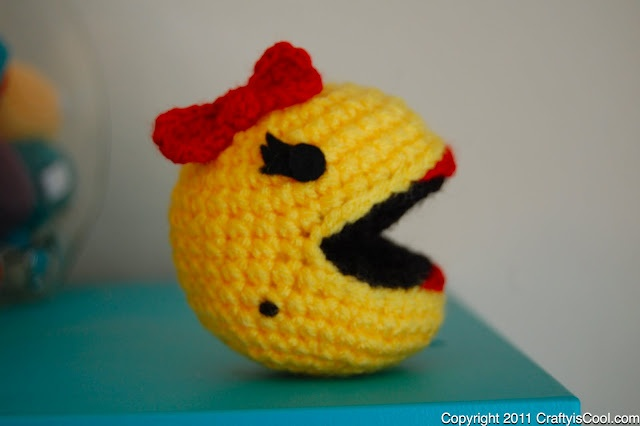 CRAFTYisCOOL: Free Pattern Friday! Ms. Pac-man