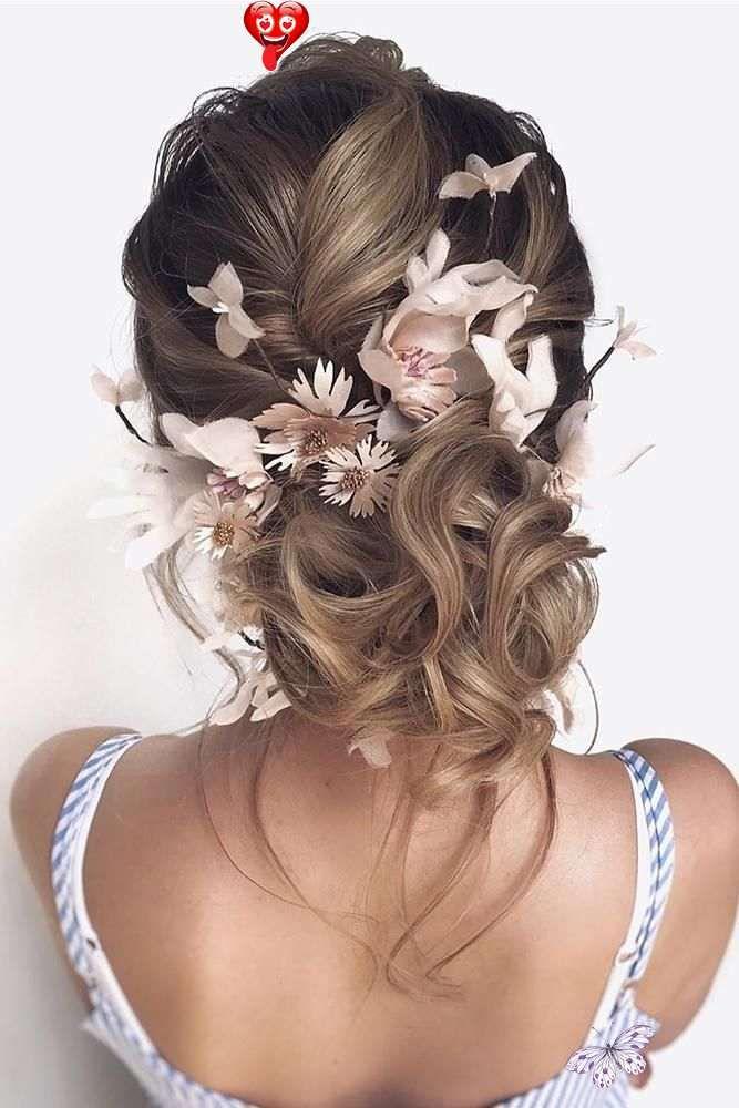 Wedding Hair Curly Wedding Hair Vines Wedding Hair And Makeup Near Me Wedding Hair Styles For T In 2020 Wedding Hair Clips Hair Styles Wedding Hairstyles With Veil