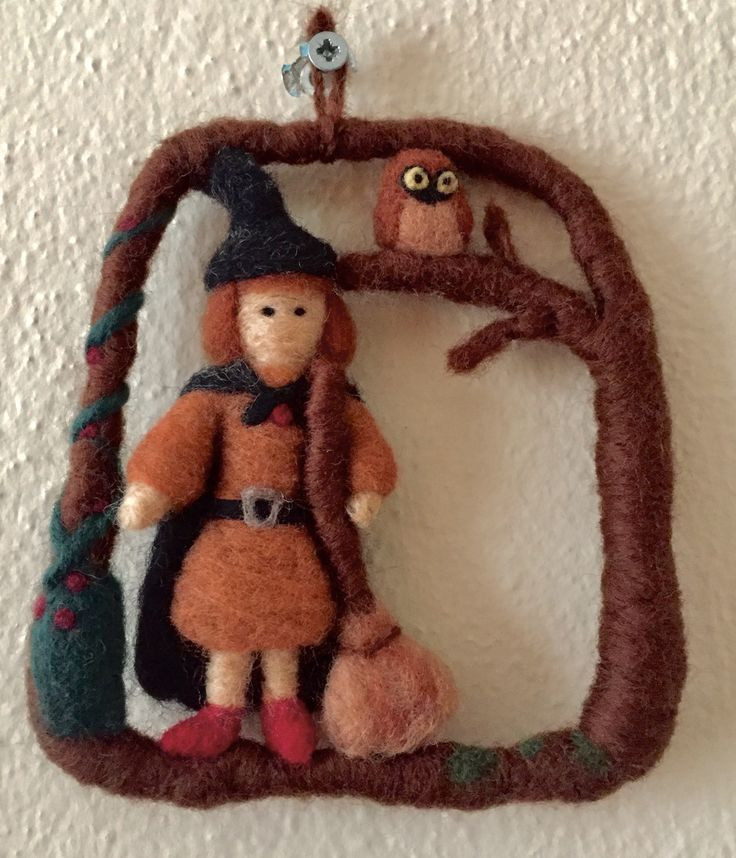 Needle felt, witch, ornament, halloween,felt Follow @catchafelt on instagram