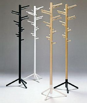 Gorgeous and genious. Hang purses, jackets or hats on this stylish and sensible rack. Artek Alvar Aalto 160 - Clothes Tree - Birch