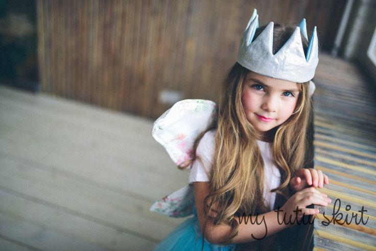 принцесса с голубыми глазами