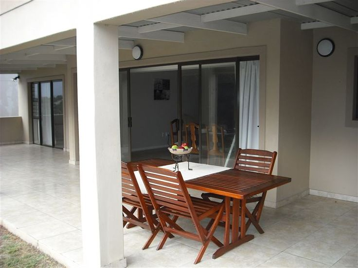 Grace Holiday Home - Grace Holiday Home is a fully furnished self-catering family home situated 2.5 kilometer from the sea and lagoon in the seaside village of Stilbaai.Grace Holiday Home offers three bedrooms that are furnished ... #weekendgetaways #stilbaai #gardenroute #southafrica