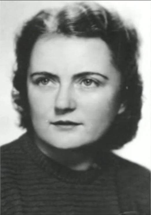 Dr. Milada Frantová (ophthalmologist) treated wounded Jan Kubiš (splinters of his antitank bomb injured his face)  . She was executed in Mauthausen. Photo from http://www.ceskatelevize.cz/porady/10350893065-heydrich-konecne-reseni