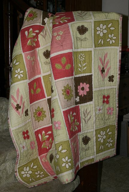 Wonky Quilt   This quilt has so many quilting no nos stitche…   Flickr