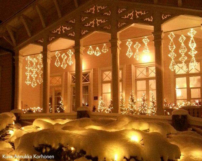 Osallistu joulukalenteriin ja voita valohimmeli tarvikepaketti. Kilpailu päättyy 24.12.2016. http://kenkavero.fi/kenkaveron-joulukalenteri