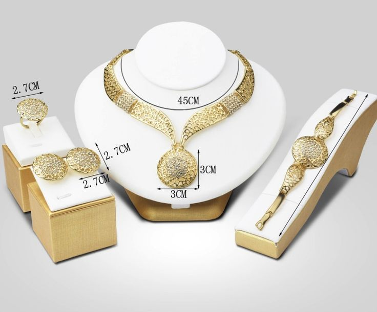 set bijuterii sultana http://www.bijuteriifrumoase.ro/cumpara/bijuterii-sultana-rafinate-3394