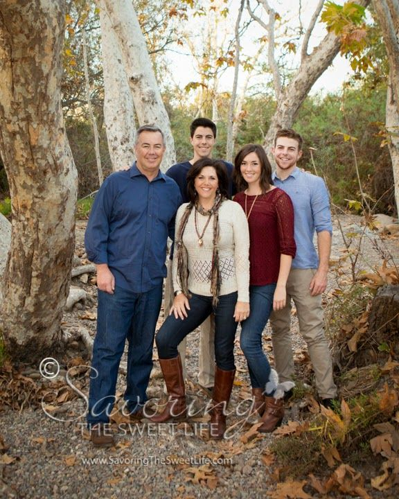 What to wear for family portraits poses for families with teens savoring the sweet life