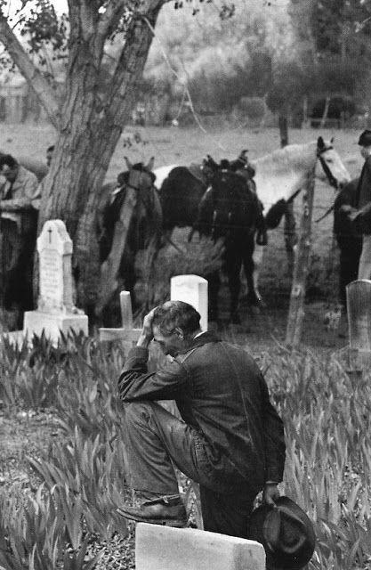 Taos, New Mexico, USA, 1947 - HENRI CARTIER BRESSON