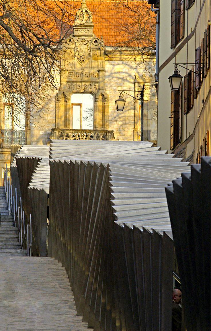 Galeria - Rampas elétricas no centro antigo / Roberto Ercilla   Miguel Angel Campo - 91