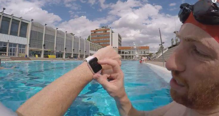 Unterwasser-Härtetest: Apple Watch geht baden - https://apfeleimer.de/2015/05/unterwasser-haertetest-apple-watch-geht-baden - Obwohl die Apple Uhrenmacher höchstpersönlich darauf hinweisen, dass die Apple Watch nicht beim Duschen oder Schwimmen zu tragen, unterzog sie Blogger Ray Maker einem Unterwasser-Härtetest. Kein Problem: 1.200 Meter Freistil und 2,- / 5-Meter-Turm-Sprung Nachdem bereits Apple CEO Tim Cook nach ei...