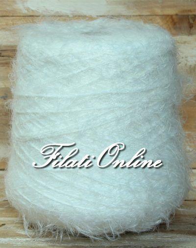 P305 filato pelliccioso bianco latte 3€/hg - http://www.filationline.it/p305-filato-pelliccioso-bianco-latte-3ehg/   100% acrilico  Spessore del filato ritorto circa 3mm, lunghezza del pelo 3cm  Filato molto morbido di sicuro effetto, non pizzica.  Può essere lavorato da solo o con altri filati, lo potete utilizzare per realizzare capi di abbigliamento, borse, sciarpe o semplici particolari come polsini colli, inserti ecc…  735gr 22,05€   Salva  Salva  Salva  Salva