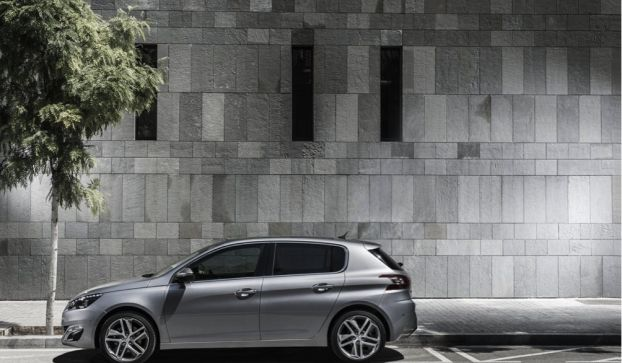 Nuova Peugeot 308: piattaforma EMP2 per un'auto dinamica