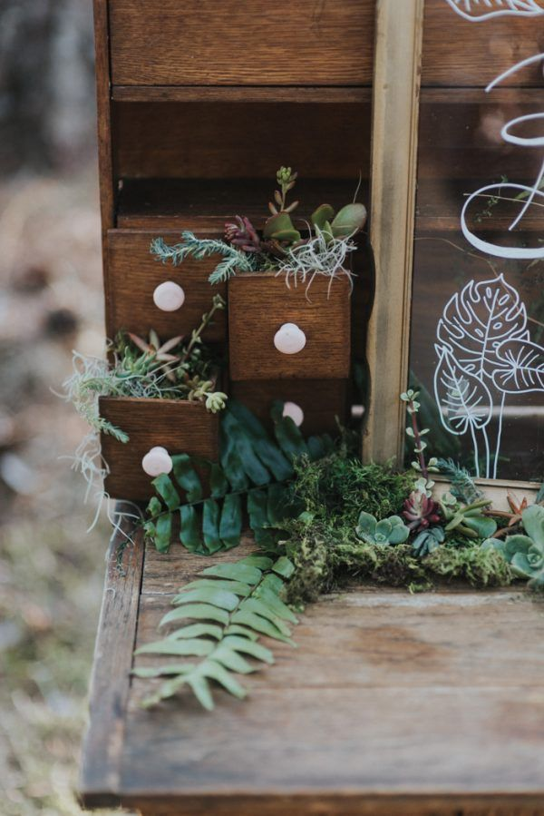 Louisiana Swamp Wedding at Sticks and Stones Bayou Retreat