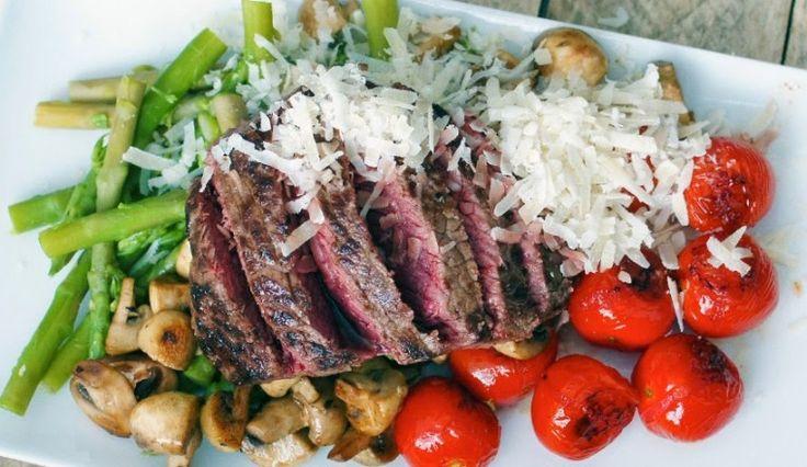 Luxe: Biefstuk met aspergetips, gebakken tomaten, champignons en parmezaanse…
