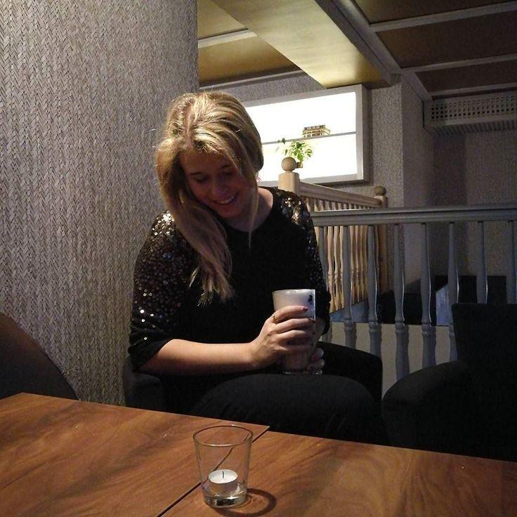 Duże latte i do nauki  typowa #maturzystka  Codziennie sobie powtarzam że od jutra będzie luźniej i jakoś tego nie widzę   .  .  .  ___________________  #dziendobry #polishgirl #polskadziewczyna #coffeegram #coffeeoftheday #outfit #whatiworetoday #blondedoitbetter #bloggerlife #lifestyle #lifestyleblogger #l4l #f4f #instagirl #igers #igerspoland #igerswroclaw #fashionblogger #mystyle http://ift.tt/2jebzXS