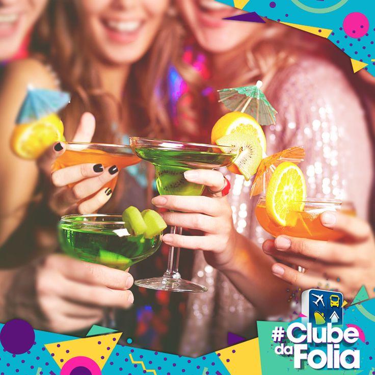 CARNAVAL COM AMIGOS -- No Carnaval, além de aproveitar o feriadão ao lado de quem a gente gosta também é preciso estar aberto a conhecer gente nova! #ClubedaFolia #ClubeTurismo