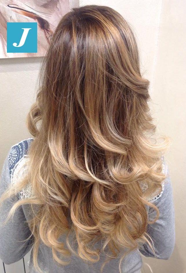 Degradé Joelle Starlight. #cdj #degradejoelle #tagliopuntearia #degradé #igers #musthave #hair #hairstyle #haircolour #haircut #longhair #ootd #hairfashion