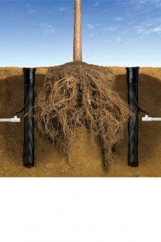 Il sistema d'irrigazione radicale RWS di Rain Bird è composto da una griglia con fermo costruita in polimero di alta qualità e resistente aI raggi UV.