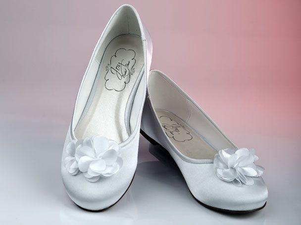Lilli - beautiful pump with a flower