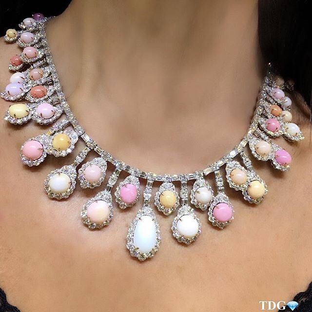 Conch Pearl Necklace: 1000+ Ideas About Jewelry Chest On Pinterest