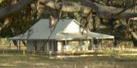 Tanjenong Cottages