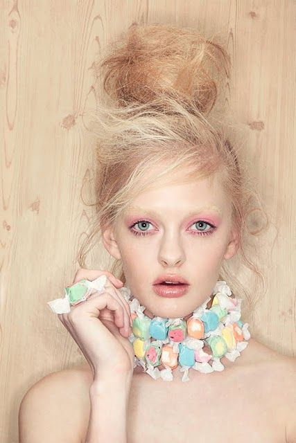 her face and makeup are creeping me out, but the taffy necklace + taffy ring are pretty cool