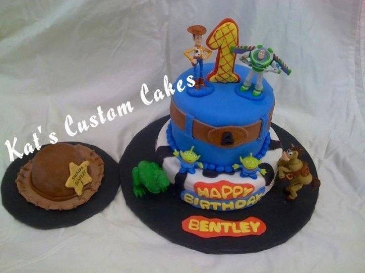 Toy Story 1st Birthday Cake And Woody Hat Smash Cake