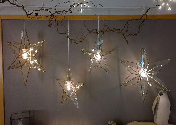 Rafael Glasstjerne Stor Gull - Adventsstjerner - Innendørs Julebelysning - Julebelysning - Innebelysning | Designbelysning.no