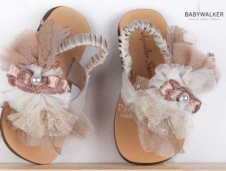 χειροποίητα πέδιλα σε περλέ και vintage! δείτε τα ομορφα παπουτσάκια μας στο www.angelscouture.gr