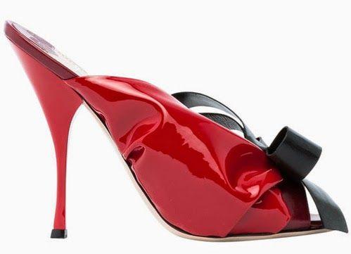 Cum văd eu moda: Fifty Shades of Grey, un pantof Miu Miu și Sf. Val...