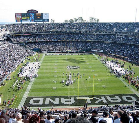 O.co Coliseum, Oakland, CA. | Cool Football Stadiums ...
