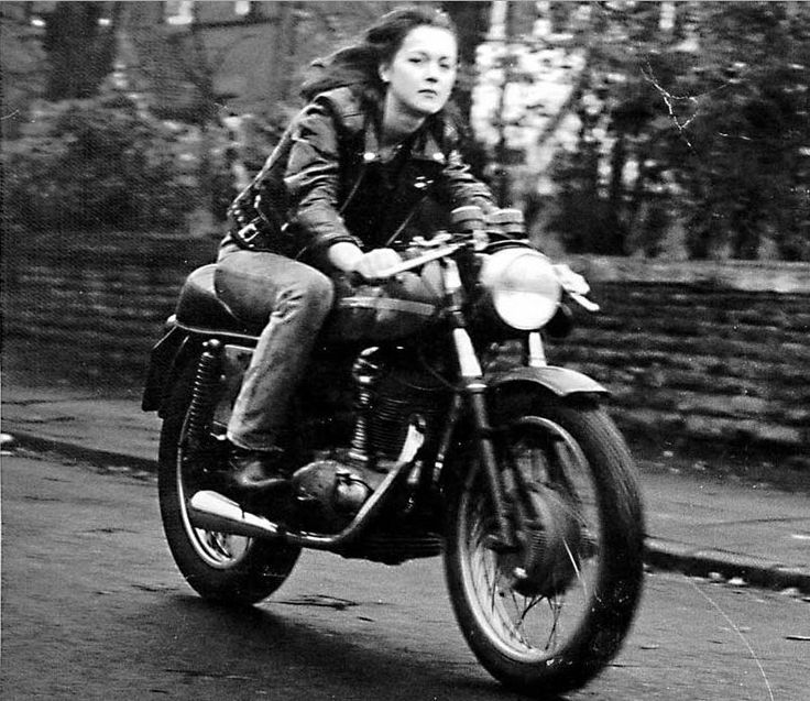 Girl on an old motorcycle: Post your pics! - Page 16 - ADVrider