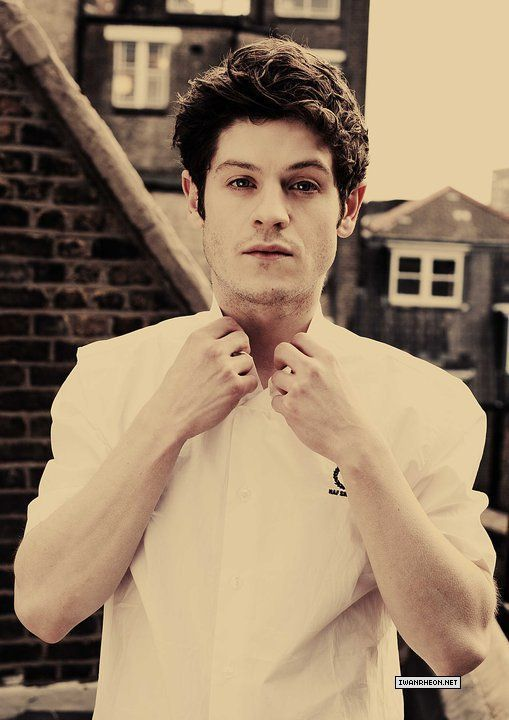 Iwan Rheon from Misfits