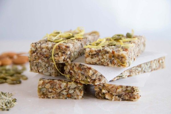 Raw Energy Bars for Girls who Workout
